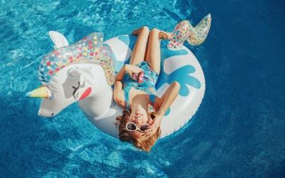 6 conseils pour protéger ses enfants de la piscine
